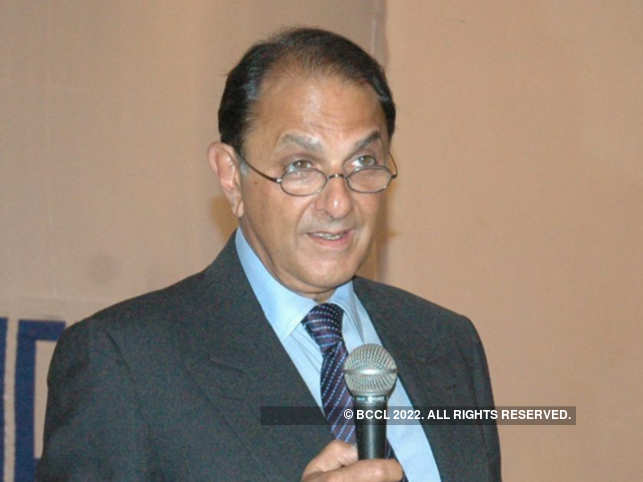 Nusli Wadia's ghost presence on Tata Motors board creates buzz at AGM