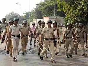 Maratha quota stir: Heavy police presence in Mumbai keeps protests calm