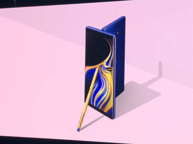 With all-day performance, a new S Pen and intelligent camera, nothing keeps up with your life like Galaxy Note9.
