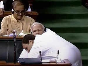 rahul-hugs-modi-pti