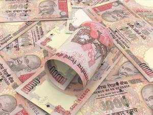 Rupee hits fresh lifetime low of 70 against US dollar