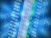 Market Now: Over 50 stocks hit fresh 52-week highs