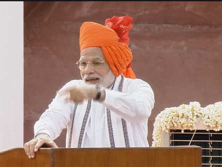 Mahatma Gandhi led the Satyagrahis to freedom. Today, the Swachhagrahis have to ensure a Swachh Bharat: PM