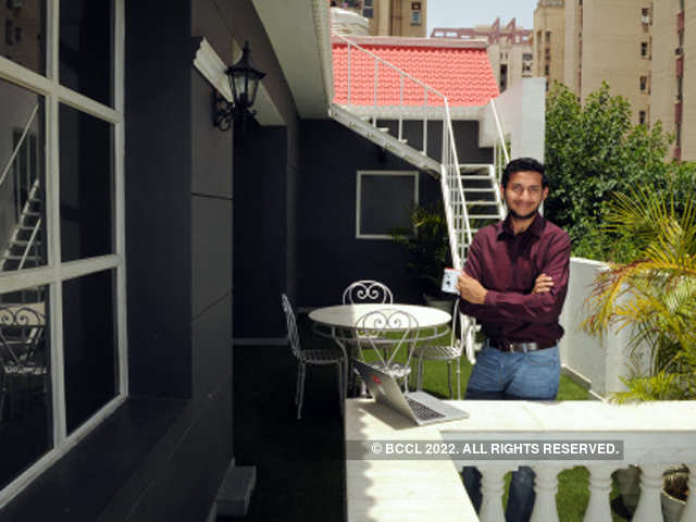 Hotel business: This 24-yr-old runs India's largest hotel