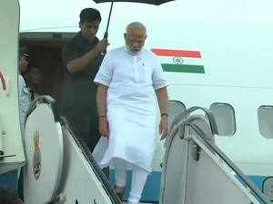 Kerala floods: PM Modi reaches Kochi to review the situation
