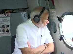 Kerala floods: PM Modi announces Rs 500 cr relief fund, conducts aerial survey of affected areas