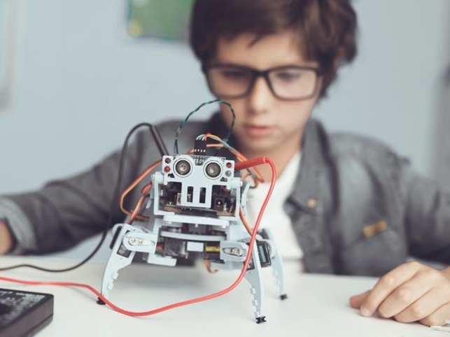 robots-children_GettyImages