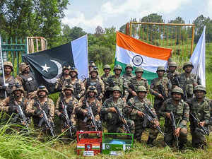India and Pakistan take part for the first time in SCO military drill