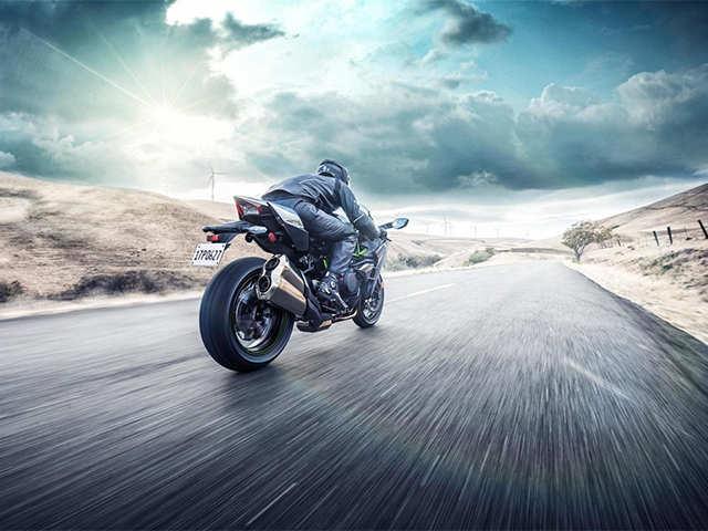 Kawasaki launches 2019 Ninja H2 range in India - The most powerful