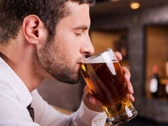 Beer goggles: Men more likely to objectify women under the influence of alcohol