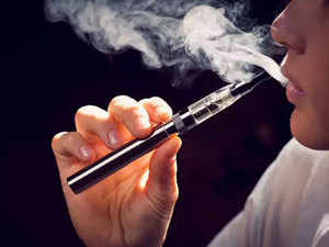 Electronic cigarettes: Health ministry calls for halting