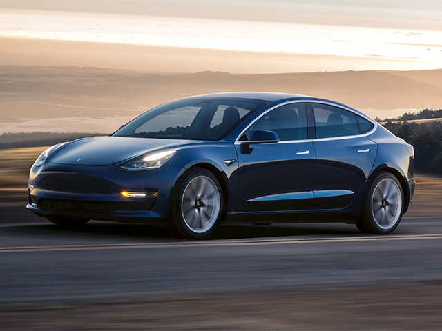 Elon Musk fails to keep August date of Tesla Model 3 production