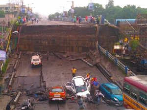 Kolkata bridge collapses: Several vehicles and people feared trapped