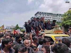 Rebel DMK Leader MK Alagiri holds mega rally in Chennai