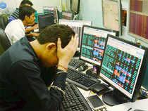 stock-brokers-PTI