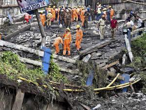 Kolkata-bridge-PTI