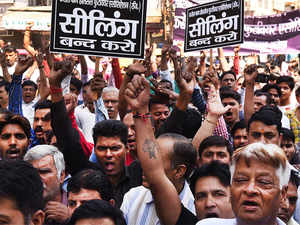 Sealing-protest-bccl