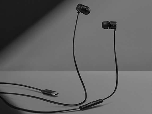 one plus type-C earphones
