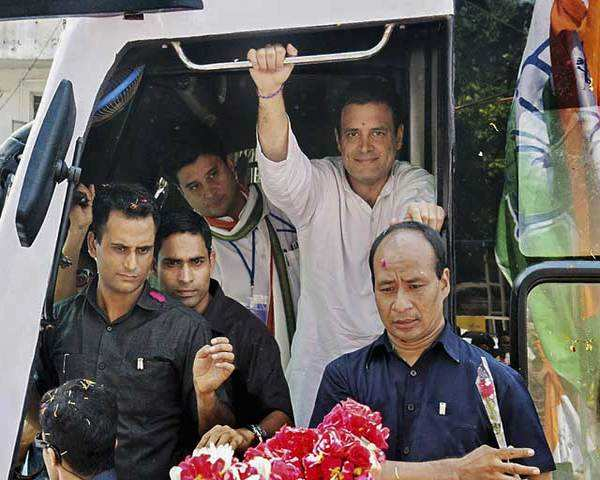 Watch: Rahul Gandhi conducts road show in Bhopal