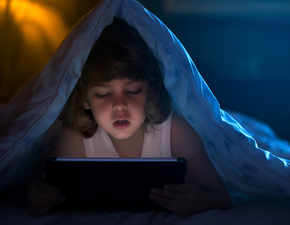 Parents, take note: Using gadgets at nights leads to poor sleep pattern in children