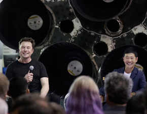 To the moon and back: Japanese billionaire Yusaku Maezawa will be Elon Musk's first private tourist