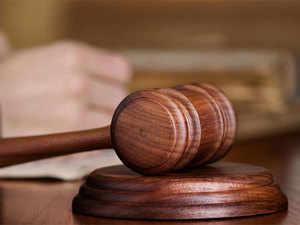 court-order-thinkstock