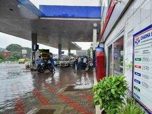 Hike in petrol price, diesel remains stagnant