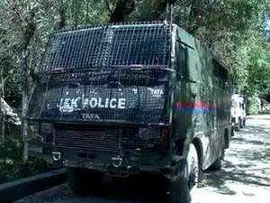 J-K: Terrorists abduct, kill 3 policemen in Shopian