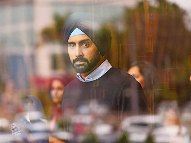 Anurag Kashyap angry over deleting scenes from 'Manmarziyaan', while Abhishek Bachchan thinks it is okay to do so