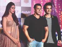 Fresh trouble for Salman Khan; FIR against actor  over 'Loveratri'