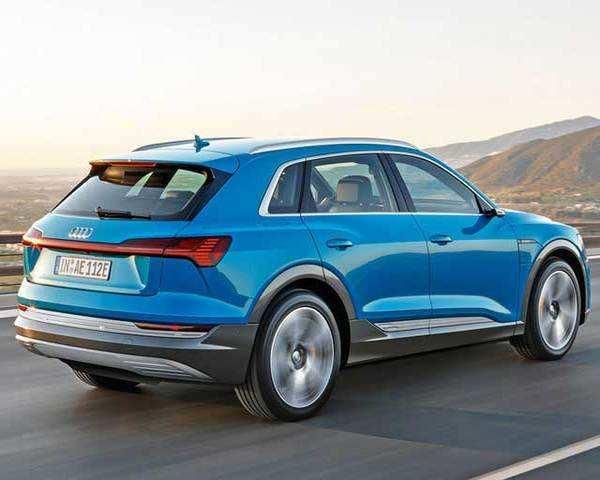 Autocar Show Audi Etron First Look The Economic Times Video - Audi etron