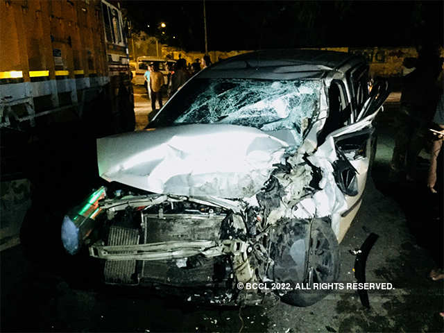 Rs 15 lakh accident cover must for motor owners - For all classes of