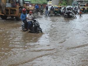 Bengaluru-rain-bccl