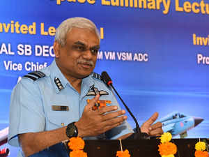 IAF vice chief accidentally shoots himself in the thigh