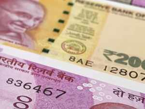 Rupee ends almost flat at 72.59 against US dollar
