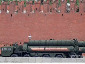 India risks US sanctions with $5-billion purchase of Russian missiles
