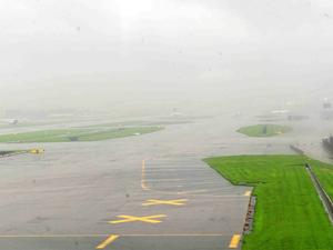Mumbai-airport-runway-bccl