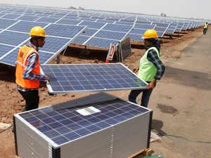 solar-panel-RTR