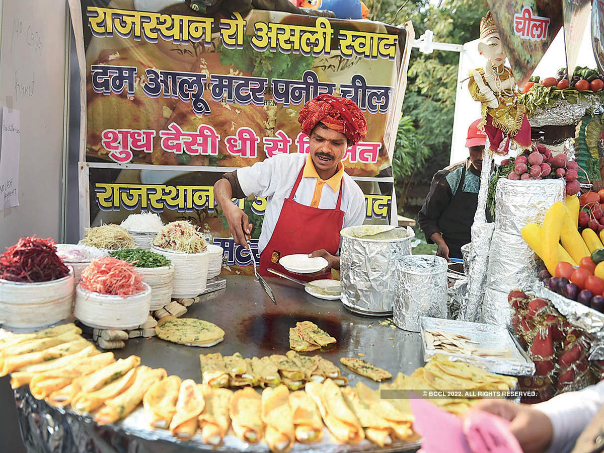 How FSSAI is ensuring that food offered by street vendors and online