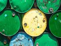 Oil drops 1% as US considers granting some waivers on Iran crude sanctions