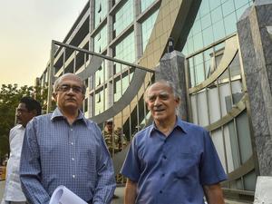 Arun-Shourie,-Prashant-Bhus