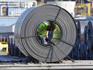 Logistics woes drive Indian steel mills to buy iron ore overseas