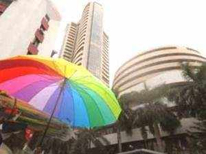 Market stages relief rally; bank, auto stocks jump