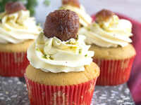 An Eggless Gulab Jamun Cupcake recipe so you don't miss cakes this Navratri