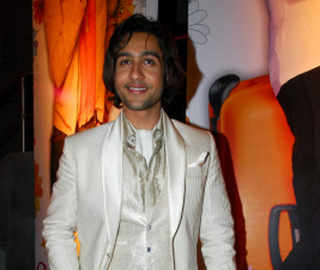 #MeToo: Adhyayan Suman opens up about his story of 'humiliation and shame'