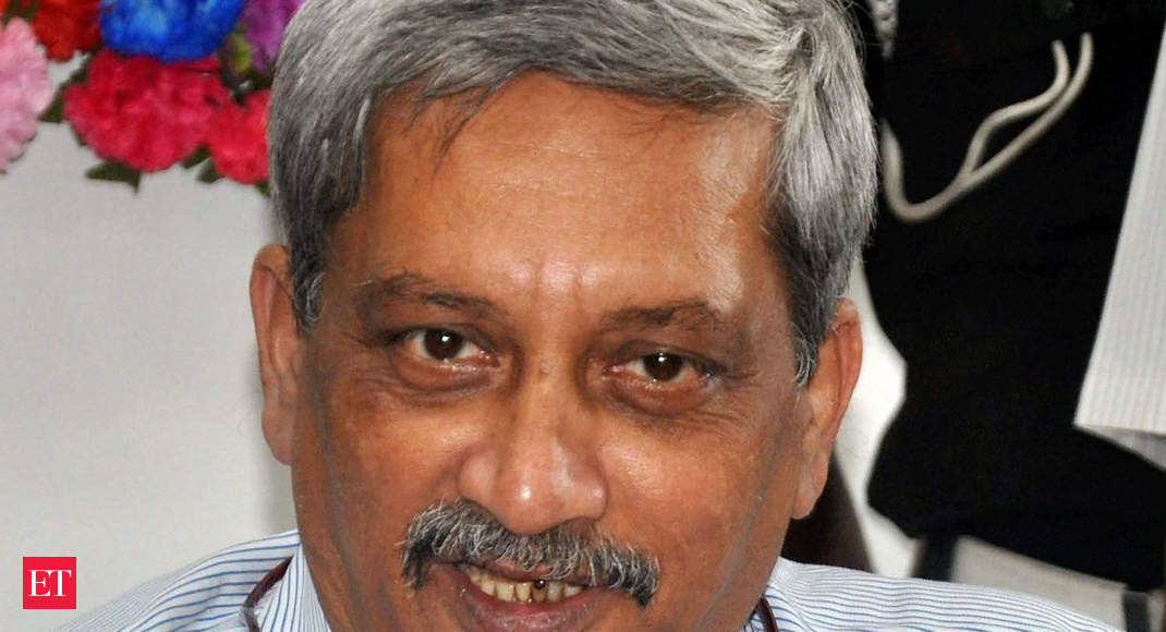 Congress claims majority in Goa, wants Manohar Parrikar to step down thumbnail