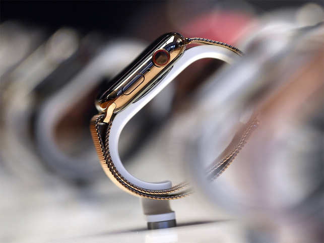 """Apple Watch to be used in major study of joint replacement patients"""""""