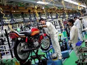 Hero MotoCorp Q2 net profit dips 3% to Rs 976 crore