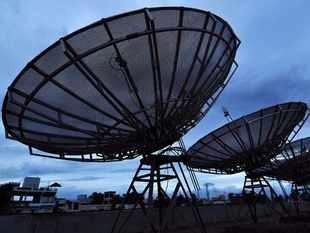 Reliance to buy majority stake in DEN, Hathway Cable