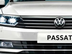 VW-Passat-company